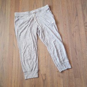 Nike Super Soft Cropped Athliesure Pants